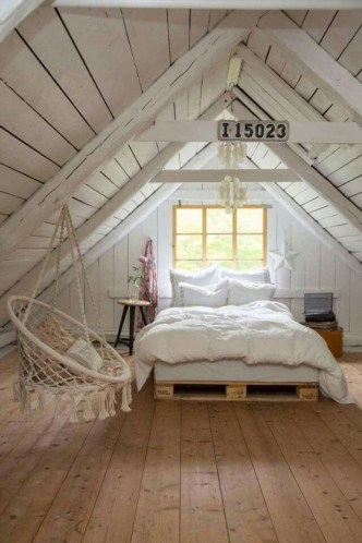 Relaxing Small Loft Bedroom Designs 45