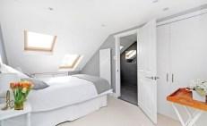 Relaxing Small Loft Bedroom Designs 48