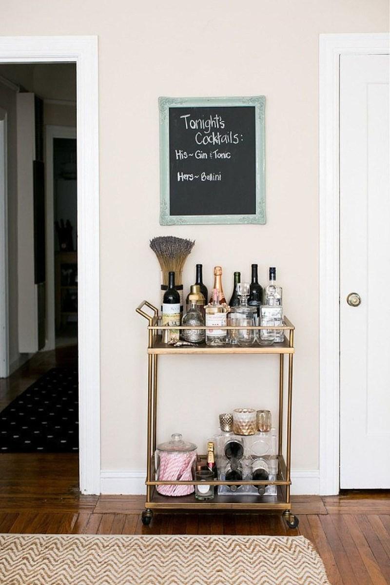 Wonderful Apartment Coffee Bar Cart Ideas 05