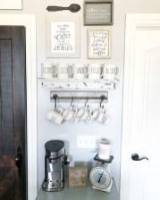 Wonderful Apartment Coffee Bar Cart Ideas 43