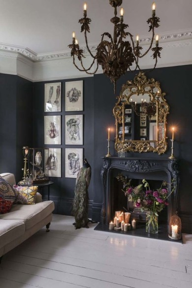 Catchy Living Room Designs Ideas With Bold Black Furniture 04
