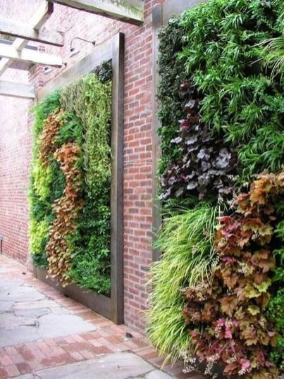 Cute Garden Fences Walls Ideas 14