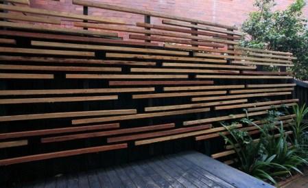 Cute Garden Fences Walls Ideas 18