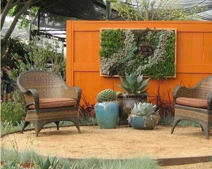 Cute Garden Fences Walls Ideas 41