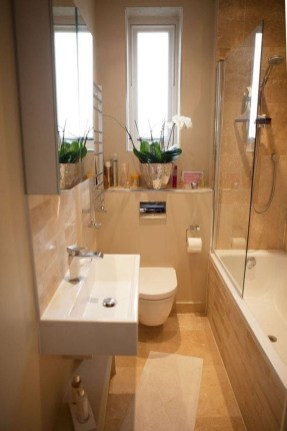 Elegant Bathroom Makeovers Ideas For Small Space 07