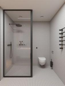Elegant Bathroom Makeovers Ideas For Small Space 38