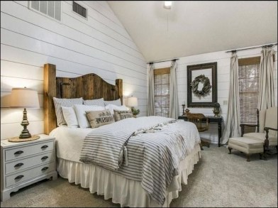 Elegant Farmhouse Decor Ideas For Bedroom 10