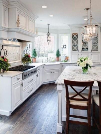 Gorgeous Traditional Kitchen Design Ideas 40