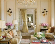 Impressive French Style Living Room Designs Ideas 21