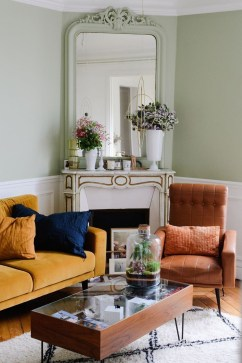 Impressive French Style Living Room Designs Ideas 46