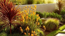 Incredible Autumn Decorating Ideas For Backyard 38