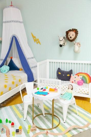 Inspiring Shared Kids Room Design Ideas 28