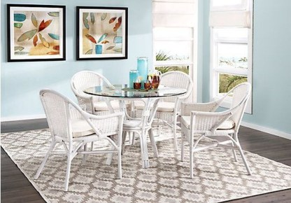 Striking Round Glass Table Designs Ideas For Dining Room 43