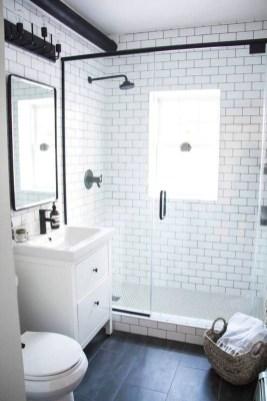 Unusual Small Bathroom Design Ideas 15