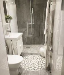 Unusual Small Bathroom Design Ideas 30