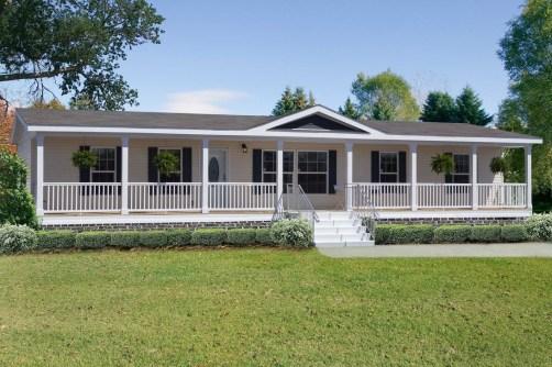 Comfy Porch Design Ideas For Backyard 41