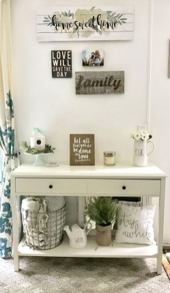 Cool Traditional Farmhouse Decor Ideas For House 18