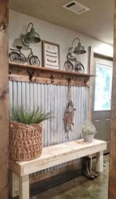 Cool Traditional Farmhouse Decor Ideas For House 38