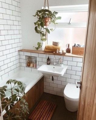 Cozy Small Bathroom Ideas With Wooden Decor 13