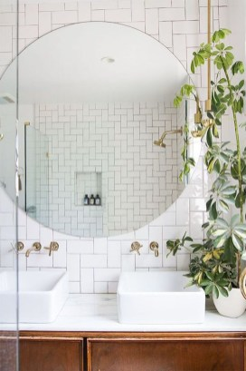 Cozy Small Bathroom Ideas With Wooden Decor 15