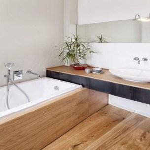 Cozy Small Bathroom Ideas With Wooden Decor 28