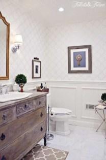 Cozy Small Bathroom Ideas With Wooden Decor 32
