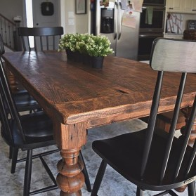Cute Farmhouse Table Design Ideas Which Is Not Outdated 05