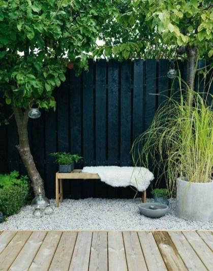 Cute Garden Fences Walls Ideas 48