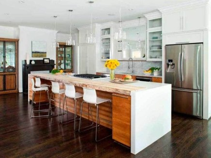 Fabulous Home Design Ideas With Wooden Accent 01