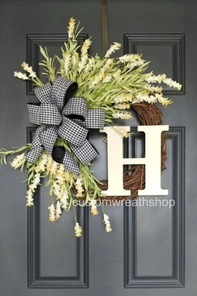 Fascinating Farmhouse Porch Decor Ideas 04