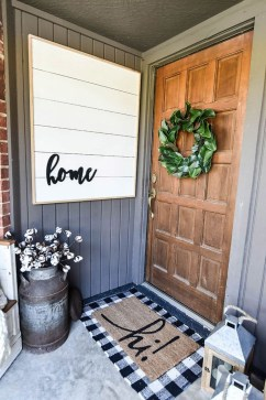 Fascinating Farmhouse Porch Decor Ideas 10