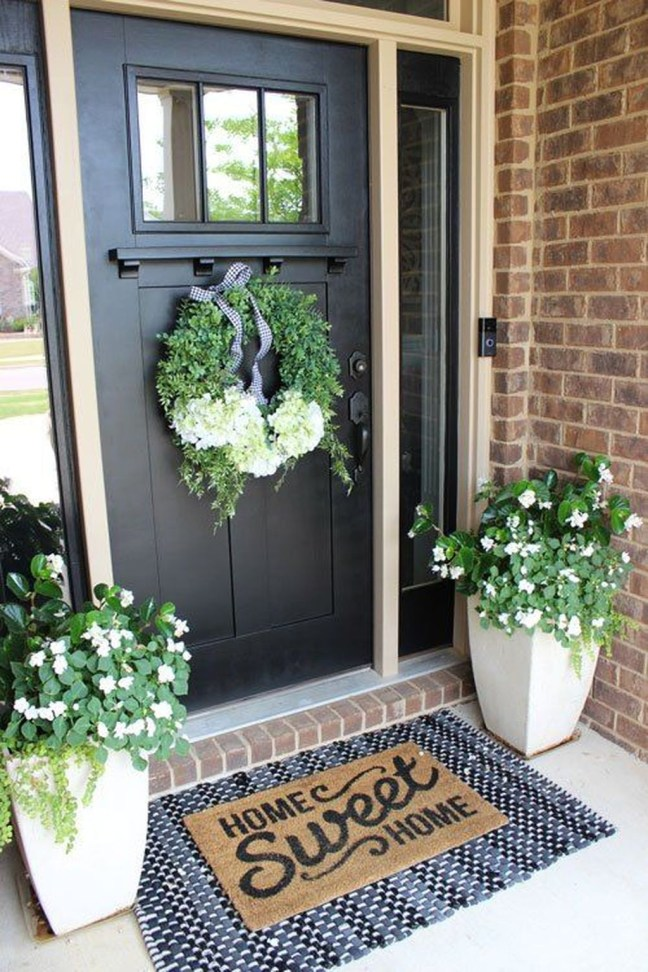 Fascinating Farmhouse Porch Decor Ideas 14