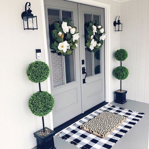 Fascinating Farmhouse Porch Decor Ideas 15
