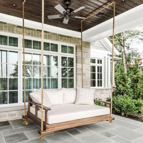 Fascinating Farmhouse Porch Decor Ideas 21