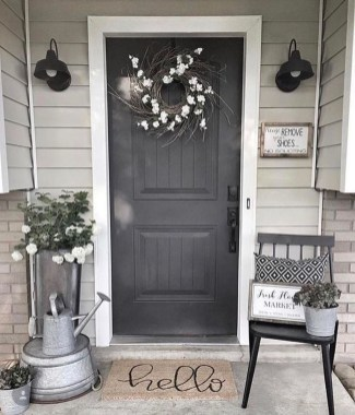Fascinating Farmhouse Porch Decor Ideas 31