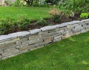 Gorgeous Front Yard Retaining Wall Ideas For Front House 51