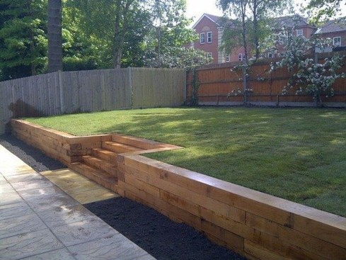 Gorgeous Front Yard Retaining Wall Ideas For Front House 55