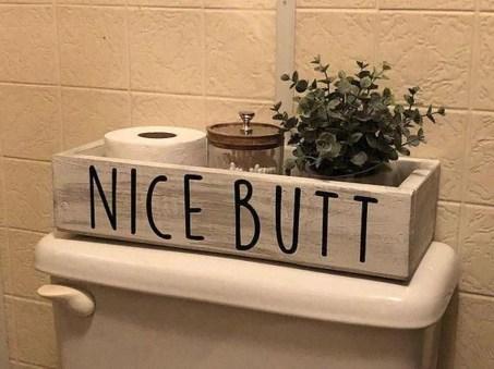 Popular Farmhouse Small Bathroom Decorating Ideas 07