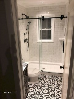 Popular Farmhouse Small Bathroom Decorating Ideas 13