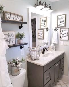 Popular Farmhouse Small Bathroom Decorating Ideas 19