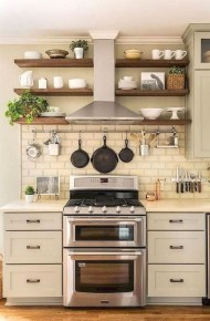 Popular Small Farmhouse Design Ideas To Style Up Your Home 21