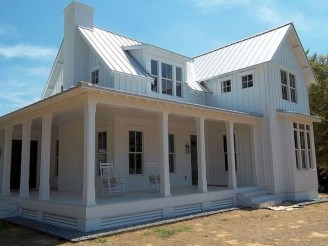 Popular Small Farmhouse Design Ideas To Style Up Your Home 27