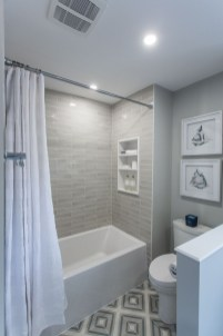 Awesome Bathroom Shower Ideas For Tiny House 31