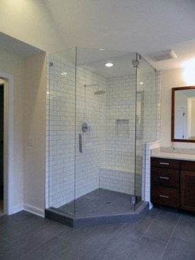 Awesome Bathroom Shower Ideas For Tiny House 50