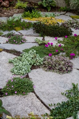 Best Ideas To Add A Bit Of Phantasy For Garden 30