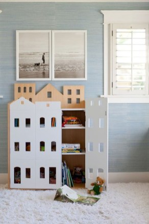 Cozy Bookcase Ideas For Kids Room 34