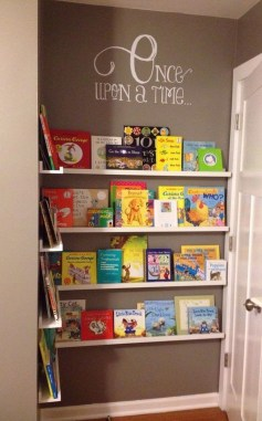 Cozy Bookcase Ideas For Kids Room 41