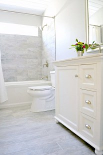 Inexpensive Small Bathroom Remodel Ideas On A Budget 44