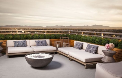 Stunning Roof Terrace Decorating Ideas That You Should Try 13