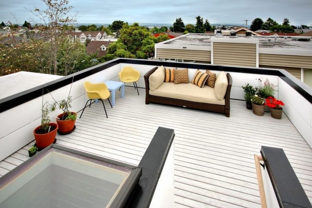 30 Stunning Roof Terrace Decorating Ideas That You Should Try Trendecors